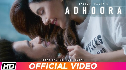Adhoora