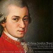 Mozart: Serenade In G Major 'eine Kleine Nachtmusic' Songs