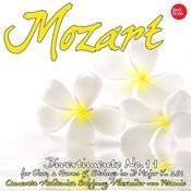 Mozart: Divertimento No.11 For Oboe, 2 Horns & Strings In D Major K. 251 Songs