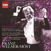 Mozart: Requiem & Mass in C minor Songs