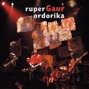 Gaur (Bilbo 1999/12/26 Kafe Antzokia) Songs