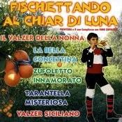 Fischiettando Al Chiar DI Luna Songs
