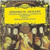 Mozart Amadeo W - Misa De Coronacion - Kyrie - Gloria - Credo - Sanctus - Benedictus Songs