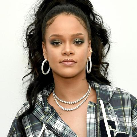 Rihanna Songs Download Rihanna New Song Rihanna Hits Mp3 Online Free On Gaana Com