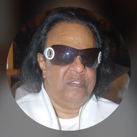 Ravindra Jain Songs Download: Ravindra Jain Hit MP3 New Songs Online