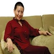 Om Tare Tuttare - Ani Choying Dolma   Buddhist nun, People